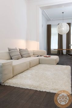 Rhapsody Shaggy carpet, beige, 40% wool, 20% PP, 40% PE. ID: 25-1-100.