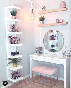 8 Effortless DIY Ideas To Organize Makeup According To Your .- 8 Effortless DIY Ideas To Organize Makeup According To Your Personality Type. M… 8 Effortless DIY Ideas To Organize Makeup According To Your Personality Type. My New Room, My Room, Cute Room Decor, Small Room Decor, Diy Beauty Room Decor, Small Corner Decor, Girl Room Decor, Corner Wall Decor, Study Room Decor