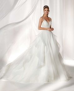 - Nicole 2019 Collection Beautiful princely ivory gown in garza, beaded rebrode lace details and tulle. Perfect for being the protagonist in your most beautiful day. Wedding Dress With Veil, Fit And Flare Wedding Dress, Bridal Wedding Dresses, Designer Wedding Dresses, Wedding Attire, One Shoulder Wedding Dress, Fashion Group, Bridal Looks, Marie
