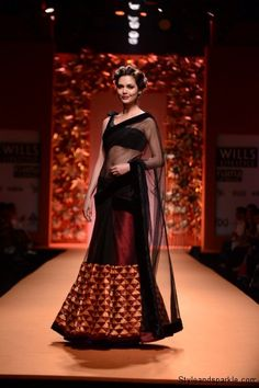 Manish Malhotra Fashion Show