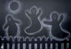 Kids Artists: halloween white chalk silhouettes on black paper Theme Halloween, Holidays Halloween, Halloween Kids, Halloween Crafts, Halloween Drawings, Halloween Pictures, Halloween Ghosts, Manualidades Halloween, Black Construction Paper
