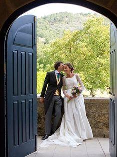 El vestido de Paloma   Querida Valentina. El ramo... me encanta!!