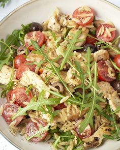 Snelle Italiaanse kip met orzo A super fast and easy Italian dish: spicy fried chicken with orzo, ch Baby Food Recipes, Chicken Recipes, Healthy Recipes, Tapas, Quick Meals, Food Inspiration, Italian Recipes, Food Porn, Good Food