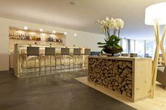 IN LAIN Hotel Cadonau :: WedMap Kitchen Island, Alps, Table, Restaurants, Furniture, Home Decor, Wall Design, Swiss Guard, Island Kitchen