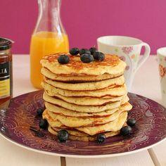 Lemon and ricotta pancakes. (in Greek)