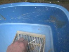 Use Q-Tips to Clean Your Litter Box   http://www.thehappylitterbox.com/2012/03/q-tips-and-litter-box-duty/