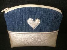 ennan: Peruspussukkaohje Pencil Case Tutorial, Joko, Handicraft, Continental Wallet, Sewing Crafts, Diy And Crafts, Crochet Patterns, Shoulder Bag, Purses