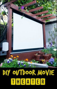Enjoy movie nights under the stars right in your own backyard by making an outdoor movie theater! Backyard Movie Screen, Backyard Movie Theaters, Outdoor Movie Screen, Outdoor Movie Nights, Outdoor Cinema, Outdoor Theater, Outdoor Glider, Outdoor Projector, Boho Home