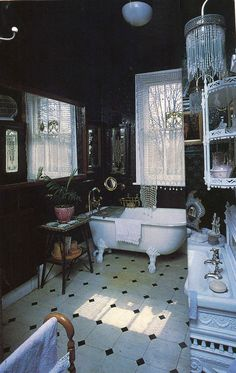 This is GORGEOUS. I want a bathroom just like this one day.