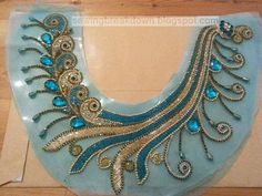 Hand Embroidery Flowers, Hand Embroidery Designs, Beaded Embroidery, Embroidery Patterns, Bordados Tambour, Sugar Beads, Best Embroidery Machine, Maggam Work Designs, Motifs Perler