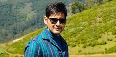 This is certainly dissappointing news for Superstar Mahesh Babu fans as they have been waiting relentlessly for the first look of which is being directed by AR Murugadoss. Mahesh Babu Wallpapers, South Hero, Hd Photos, Superstar, Waiting, Prince, Mens Sunglasses, Fans, Actresses