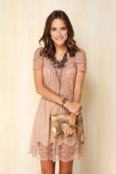 VESTIDO RENDA #FashionInspiration