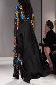 Temperley London Fall 2015 Runway Pictures - StyleBistro