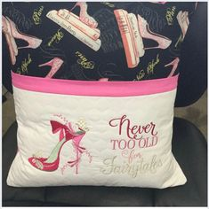 Brother Embroidery Machine, Pillow Embroidery, Machine Embroidery Projects, Embroidery Monogram, Book Pillow, Reading Pillow, Monogram Pillows, Personalized Pillows, Pillow Inspiration