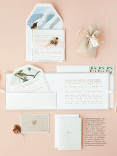 This invitation suite hearkens to a more refined era.  Audobon details and a true Southern plantation kind of feel.