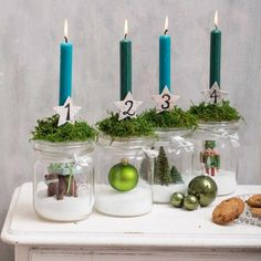 Adventsdeko selber machen: Anleitung Homemade advent wreath made of mason jars Crafts For Teens To Make, Fall Crafts For Kids, Kids Crafts, Summer Crafts, Easter Crafts, Christmas Family Feud, Christmas Time, Xmas, Christmas Crafts