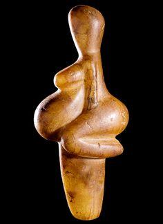 'The Venus of Tursac'  --  Semi-Translucent Calcite Figurine  --  Circa 25,000 BCE