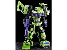 """""""GREEN GIANT"""" gestalt figure from MakeToys. It's a revamped version of the Transformers' Constructicons, which combined to form the awesome Devastator gestalt robot! This one's quite pricey, though!"""