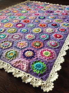 "BabyLove Brand ""Cottage Quilt"" Floral Patchwork Blanket inches - perfect color for patio/crib/toddler/baby s Granny Square Crochet Pattern, Crochet Squares, Crochet Blanket Patterns, Crochet Granny, Crochet Stitches, Crochet Motif, Granny Squares, Patchwork Blanket, Crochet Hook Set"