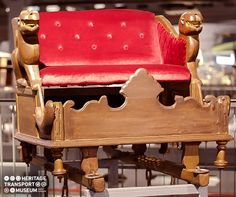 🐘Elephant Seat- Howdah  👉A wooden seat affixed on an Elephant for seating purposes!  👉Carvings done in the form of fish and lion!             ____________________________________ #elephant #howdah #vintage #vintagecollection #heritage #transportmuseum #museum #incredibleindia #exhibit #gurugram