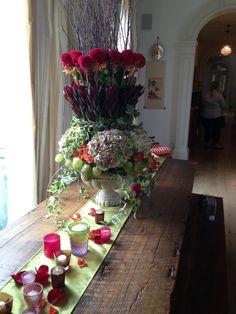 table scape- verde floral design
