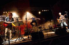 Orchestra Multietnica di Arezzo con due ospiti d'eccezione: Erriquez e Finaz (Bandabardò)