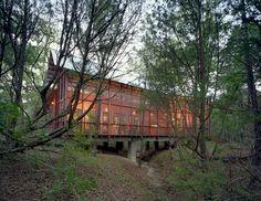 Texas Bunkhouse | Panton Architects | photo: Greg Hursley