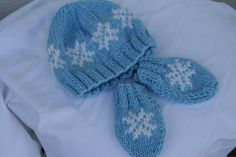 Hand knitted baby snowflake hat and mittens set by ZofiasHandKnits