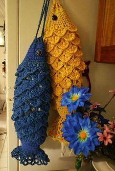 3 D Kitty Cat Crochet Towel Topper pattern by LinMarie Creations Crochet Kitchen, Crochet Home, Crochet Crafts, Crochet Yarn, Crochet Projects, Crochet Butterfly, Crochet Flowers, Crochet Organizer, Pineapple Crochet