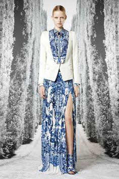#kamzakrasou #sexi #love #jeans #clothes #dress #shoes #fashion #style #outfit #heels #bags #blouses #dress #dresses #dressup Roberto+Cavalli+-+potlače