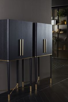 Tama, bar unit in lacquered ash wooden and satin brass details. Designed by Pinuccio Borgonovo for Gallotti&Radice.