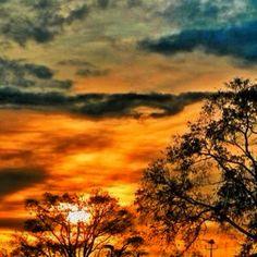 #toronto #canada #myhood #mycity #danforth #ontario #explorecanada #sunset #clouds - @amirismail- #webstagram