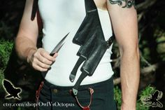 Throwing knife Shoulder-holster van OwlVsOctopus op Etsy
