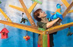 Cuarto espectáculo del Ciclo Bebescena. Nidos es un espectáculo poético-musical, Premio FETEN 2013 al mejor espectáculo para la primera infancia. Será en Centro Cultural Ágora el 9 de noviembre en dos pases, a las 11:00 y a las 12:30 horas.