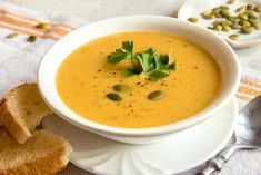 Perfect Garden Pumpkin Soup Recipe To Last The Winter Pumpkin Soup, Gluten Free Chicken, Soups And Stews, Thai Red Curry, Soup Recipes, Stuffed Peppers, Fresh, Ethnic Recipes, Food