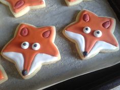 Woodland themed baby shower food idea - Baby shower fox cookies from a star shaped cookie cutter. Star Cookies, Fox Cookies, Fox Face, Baby Boy Scrapbook, Baby Boy Birthday, Shower Inspiration, Woodland Baby, Baby Boy Shower, Cookie Decorating