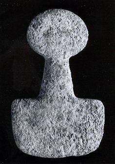 Spade-shaped schematic female (?) figure Anatolia 3000-2800 B.C.