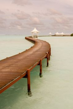 It's a beautiful day for a peaceful walk in Maldives! #Maldives www.haisitu.ro #travelideas #traveldestinations #vacationideas
