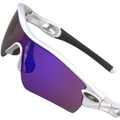 Oakley et autres sportives (top été 2012). Emeline  ) · Lunettes de soleil 50651889c2b6