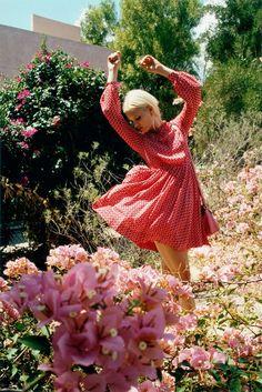 orla kiely spring campaign1 Hannah Holman Soaks Up the Sun for Orla Kiely Spring 2013 Campaign