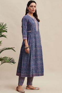 Buy Purple Block Printed A-line Cotton Kurta Dress Neck Designs, Stylish Dress Designs, Designs For Dresses, Stylish Dresses, Casual Dresses, Simple Kurti Designs, Kurta Designs Women, Pakistani Fashion Casual, Indian Fashion Dresses