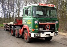 Ashok Leyland, Old Lorries, Peterbilt, Classic Trucks, Old Trucks, Buses, Volvo, British, Vans
