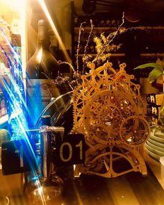 Puzzle en bois 3D Maquette DIY Puzzle mecanique Mecapuzzle DIY  Loisirs créatifs Idée cadeau Puzzle Puzzles, Chandelier, Assemblage, Ceiling Lights, Home Decor, Basket, Gift Ideas, Creative Crafts, Candelabra