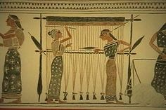 warp weighted loom from Greek pottery c 500 BCE I would love to find the source of this. Weaving Projects, Weaving Art, Loom Weaving, Hand Weaving, Carthage, Greek Pottery, Ancient Mesopotamia, Pottery Painting, Painted Pottery