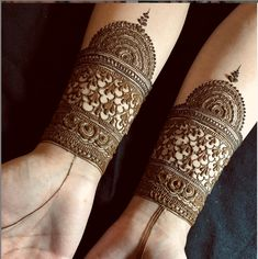 Henna Designs Arm, Henna Tattoo Designs Simple, Full Hand Mehndi Designs, Mehndi Designs For Beginners, Modern Mehndi Designs, Mehndi Design Pictures, Mehndi Designs For Girls, Wedding Mehndi Designs, Mehndi Designs For Fingers