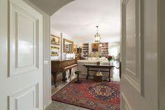 Villa for sale in prime location