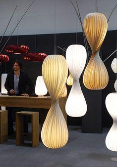 tom rossau leuchten d nisches design aus holz design leuchten aus holz pinterest. Black Bedroom Furniture Sets. Home Design Ideas
