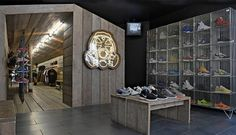 Footpatrol shopping in soho, london. Shop Front Design, Store Design, Soho, Berwick Street, London Today, Sneaker Stores, Healthy Living Magazine, Deck Plans, Shop Window Displays