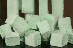 Homemade Mint Marshmellows