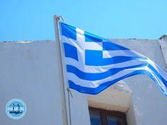 Fahrrad fahren auf Kreta Griechenland Crete, Most Beautiful Pictures, Flag, Aktiv, Crete Greece, Hotels In Greece, Crete Holiday, Travel Alone, Riding Bikes